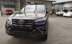 Jual mobil Toyota Fortuner TRD 2019 bekas, Banten
