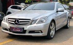 Mobil Mercedes-Benz E-Class E250 2010 dijual, Banten