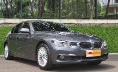 Jual mobil BMW 3 Series 320i Luxury Line 2018 dengan harga terjangkau di Banten