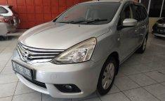 Jual mobil Nissan Grand Livina XV MT 2013 dengan harga terjangkau di Jawa Barat