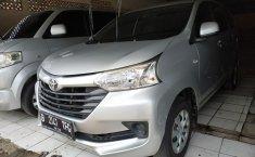 Jual mobil Toyota Avanza E AT 2015 dengan harga murah di Jawa Barat
