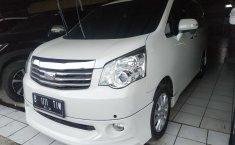 Jual mobil Toyota NAV1 V Limited AT 2015 bekas di Jawa Barat