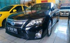 Jual cepat mobil Toyota Camry 2.5 Hybrid AT 2013 di Jawa Barat