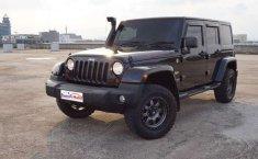 Mobil Jeep Wrangler 2012 Sahara Unlimited dijual, DKI Jakarta