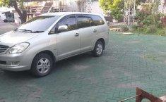 Jual mobil Toyota Kijang Innova 2.0 G 2005 bekas, Jawa Timur
