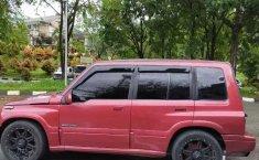 Jual mobil bekas murah Suzuki Escudo 2000 di Sumatra Barat