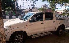 Kalimantan Timur, jual mobil Toyota Hilux E 2013 dengan harga terjangkau