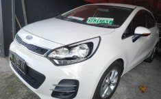 Jual mobil Kia Rio 1.5 Manual 2016 harga murah di DIY Yogyakarta
