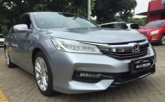 Jual mobil bekas murah Honda Accord VTi-L 2017 di Banten