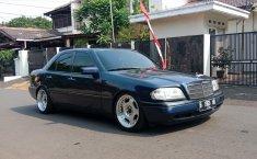 Jual mobil bekas murah Mercedes-Benz C-Class C200 1995 di DKI Jakarta