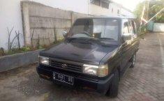 Mobil Toyota Kijang 1993 1.5 Manual terbaik di Jawa Tengah