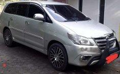 Mobil Toyota Kijang Innova 2004 2.0 G dijual, DIY Yogyakarta