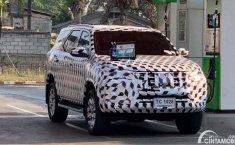 Toyota Fortuner Facelift 2020 Tertangkap Kamera Sedang Dites Jalan, Indikasi Segera Meluncur?