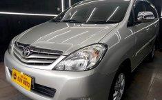 Jual mobil Toyota Kijang Innova 2.0 G MT 2011 dengan harga murah di DKI Jakarta