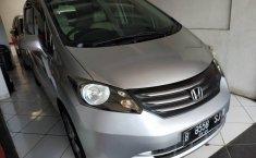 Jual mobil Honda Freed PSD 2010 terbaik di DIY Yogyakarta
