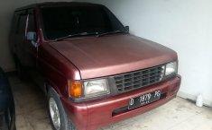 Jual Cepat Mobil Isuzu panther 2.5 royale 1997 di Jawa Tengah