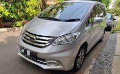 Jual Cepat Mobil Honda Freed PSD 2015 di Jawa Barat