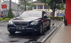 Jual Cepat Mobil BMW 7 Series 740Li F02 CBU 2009 di DKI Jakarta