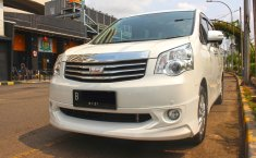 Jual Cepat Mobil Toyota NAV1 V Limited Luxury 2015 di DKI Jakarta