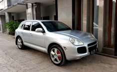 Jual mobil Porsche Cayenne S Hybrid 4.5 Turbo 2005 dengan harga terjangkau di DKI Jakarta