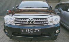 Jual mobil Toyota Fortuner G Luxury 2010 terbaik di Jawa Barat