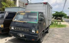 Mitsubishi L300 2001 Jawa Timur dijual dengan harga termurah