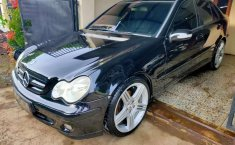 Mercedes-Benz C-Class 2005 Jawa Barat dijual dengan harga termurah