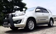 Toyota Fortuner 2013 Jawa Tengah dijual dengan harga termurah