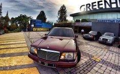 Jual Mercedes-Benz E-Class E 220 1995 harga murah di Sumatra Utara