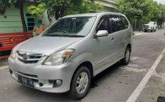 Mobil Daihatsu Xenia 2010 Xi FAMILY terbaik di Jawa Timur