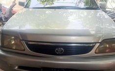 Dijual mobil bekas Toyota Soluna , Jawa Timur