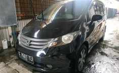 Jual mobil Honda Freed A AT 2009 dengan harga murah di Jawa Barat