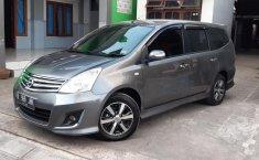 Jual Cepat Mobil Nissan Grand Livina Highway Star 2012 di DIY Yogyakarta