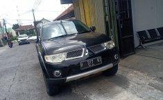 Jual mobil Mitsubishi Pajero Sport Dakar 4x2 2012 terbaik di DIY Yogyakarta
