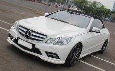 Jual Cepat Mobill Mercedes-Benz E-Class E250 2011 Putih Cabriolet di DKI Jakarta