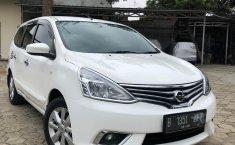 Jual Cepat Mobil Nissan Grand Livina XV 2015 di Jawa Barat