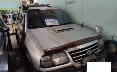 Jual Cepat Mobil Suzuki Grand Escudo XL-7 XL-7 2004 di Depok