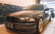 Jual Cepat BMW 3 Series 325i 2001 di DKI Jakarta