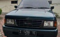 Jual Cepat Mobil Isuzu Panther 2.5 1997 di Jawa Barat