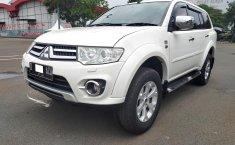 Jual Cepat Mobil Mitsubishi Pajero Sport Dakar 2014 SUV di DKI Jakarta