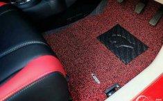 Musim Hujan Datang, Jangan Lupa Rutin Membersihkan Karpet Mobil