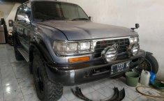 Jual Cepat Mobil Toyota Land Cruiser V6 4.2 Manual 1995 di DKI Jakarta