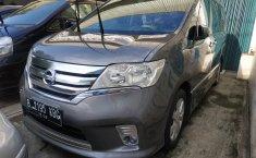 Jual Cepat Mobil Nissan Serena Highway Star AT 2013 di DKI Jakarta
