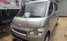 Jual Cepat Mobil Daihatsu Gran Max D 2012 di Depok