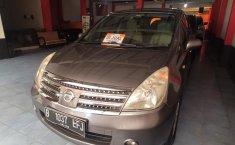 Jual mobil Nissan Grand Livina Ultimate 2010 terawat di Jawa Barat