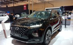 Ready Stock Hyundai Grand Santa Fe CRDi VGT 2.2 Automatic 2020 di Bekasi
