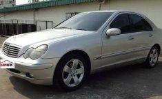 Jual Cepat Mobil Mercedes-Benz C-Class C200 2003 di DKI Jakarta