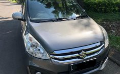 Dijual Cepat Suzuki Ertiga GL 2017 Abu-abu di Jawa Timur