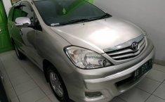 Jual mobil Toyota Kijang Innova 2.0 G 2011 terawat di DIY Yogyakarta