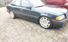 Mercedes-Benz C-Class 1997 Jawa Barat dijual dengan harga termurah